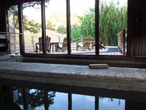 Soaking pools